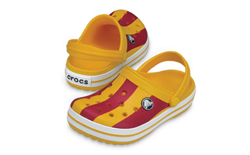 Los Crocs más coloridos con Color Blocks