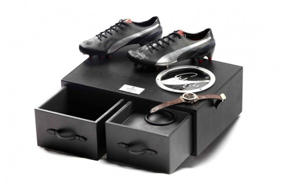 hublot-x-puma-falcao-watch-and-cleats-pack-01