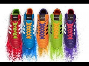 "Adidas lanza su divertida ""Copa Mundial Collection"""